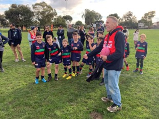 Russell Dowling and the under 9's team